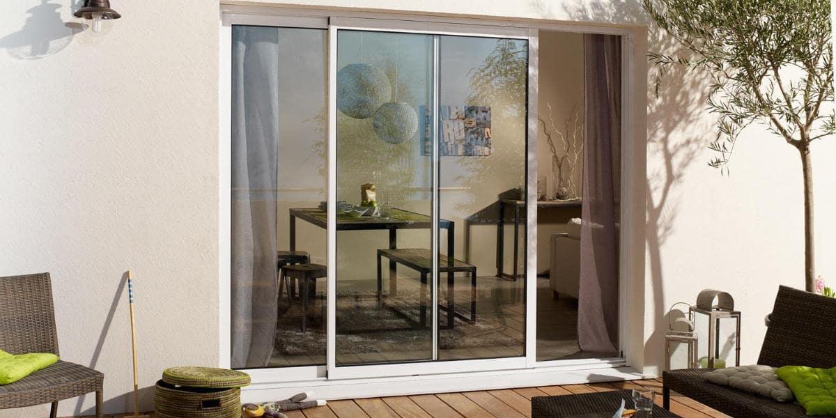 Changer une porte fenêtre en baie vitrée : les solutions
